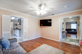 19519 Forest Fern Drive-12