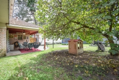 19519 Forest Fern Drive-25