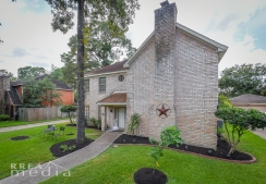 19519 Forest Fern Drive-4