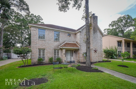 19519 Forest Fern Drive-5