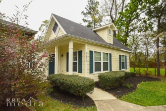 26876 Wellington Ct-18