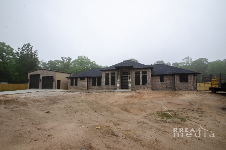 15513 Charles Ray Lane Conroe, TX 77302 – For Sale $459,000 – 2.83 AcresUnrestricted.