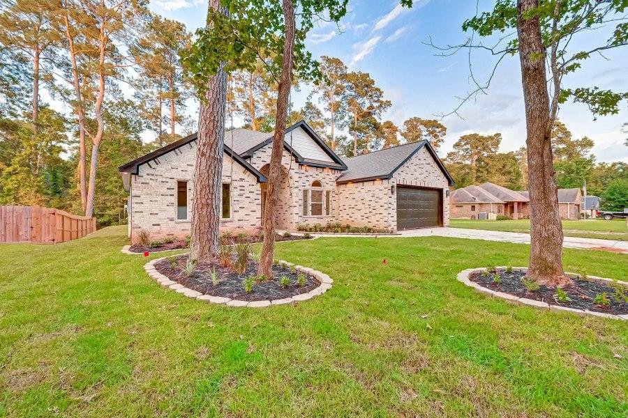 For Sale | 9105 N Comanche Circle, Willis, Texas 77378 MontgomeryCounty